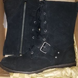 UGG FOR WOMEN SIZE 9